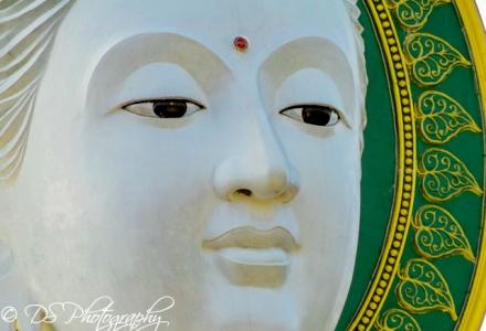 Doi In Cee Buddha